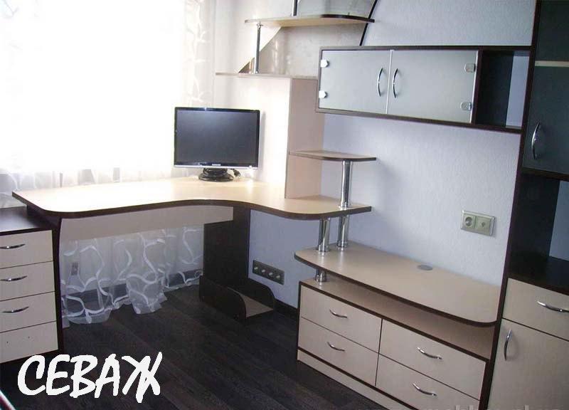 Компания bogem-mebel изготовит для вас компьютерные столы на заказ, письменные столы, кухонные столы